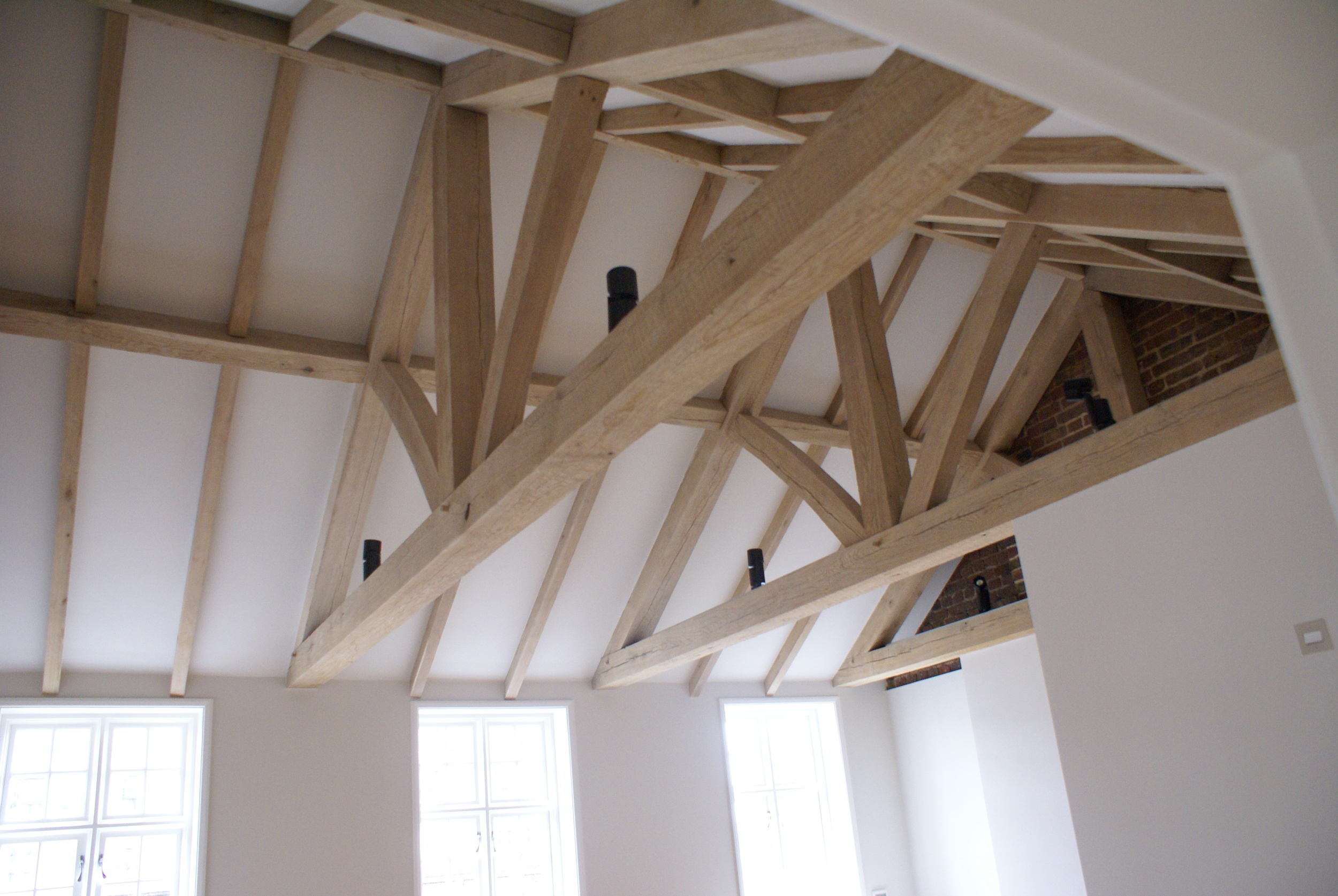 Interior beams II.JPG
