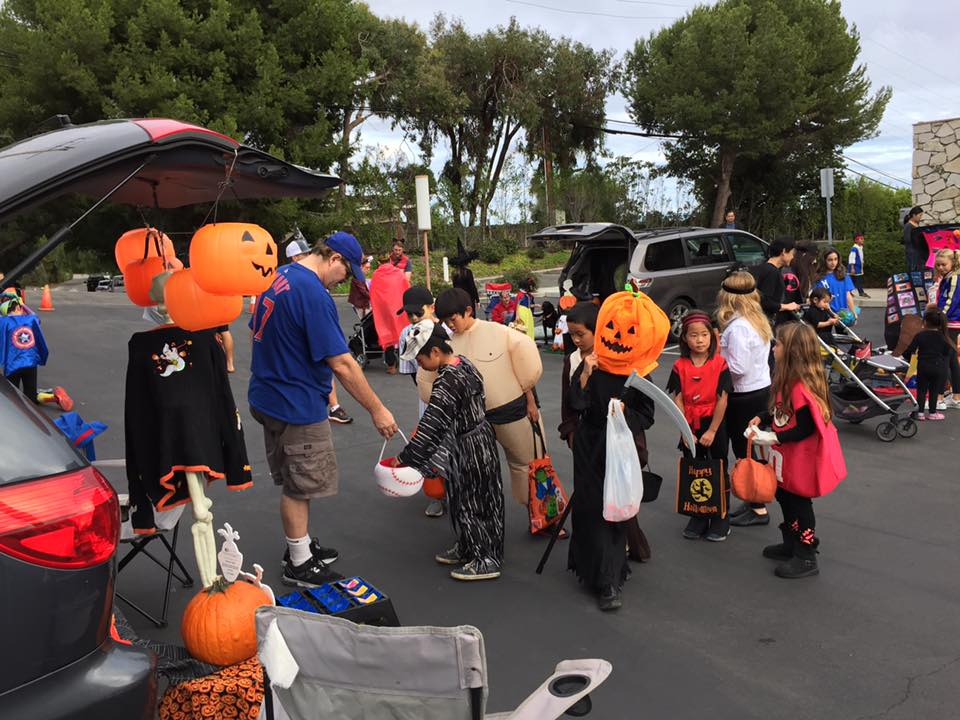 trunk or treat 2016.jpg