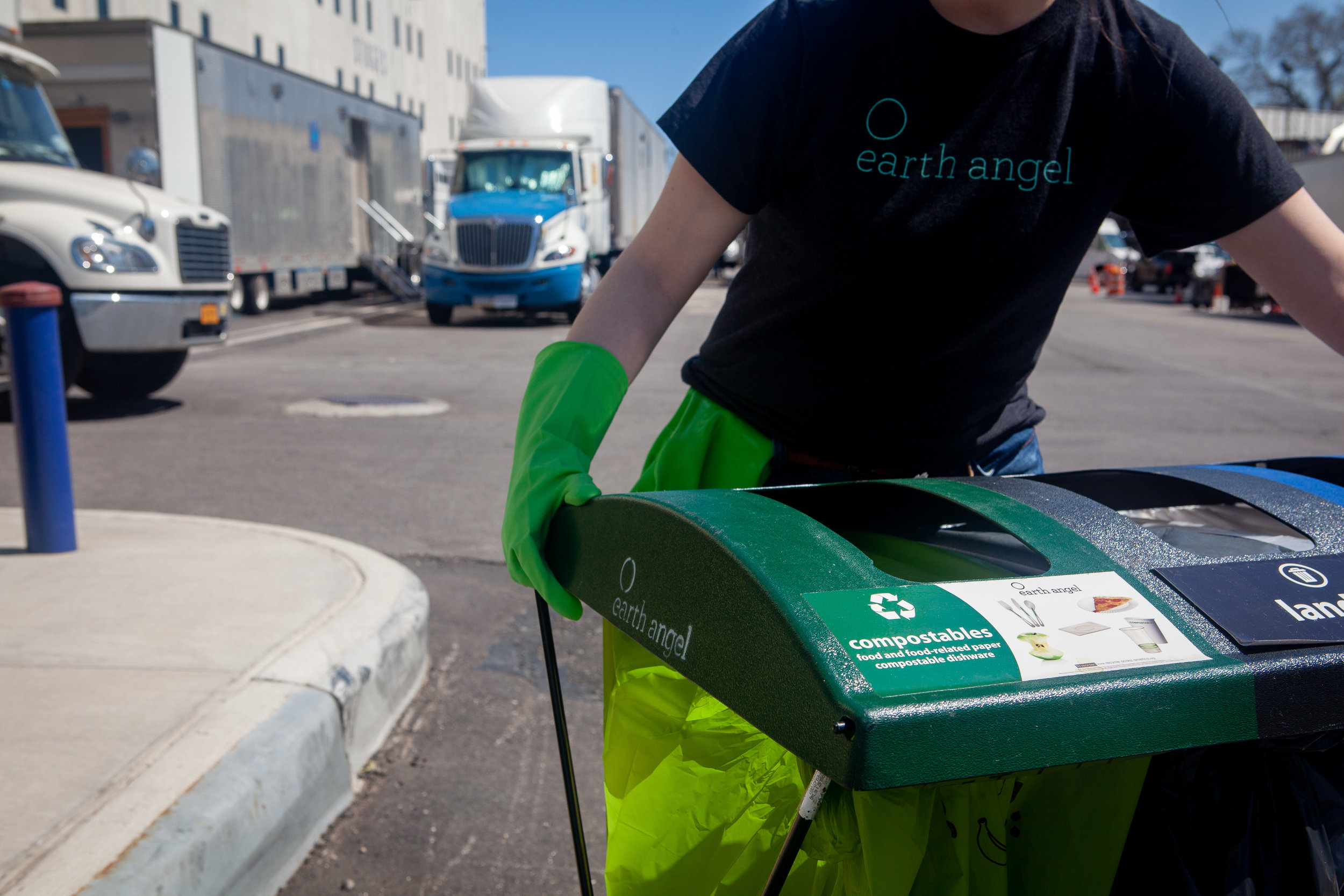 Zero Waste Kits - We understand that productions require specialized equipment that is durable, mobile and versatile. Rent or purchase EQUIPMENT directly from Earth Angel to outfit every facility and location type with what you need to run a zero waste program.