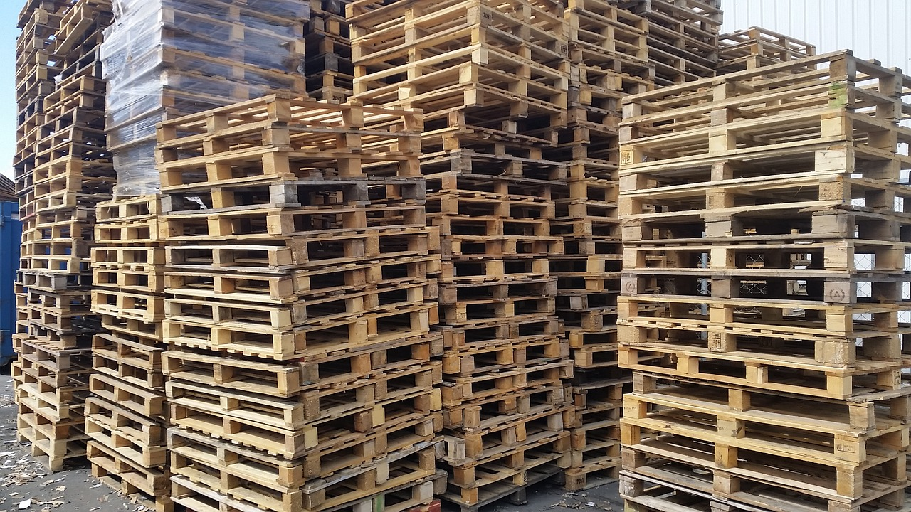 wooden-pallets.jpg
