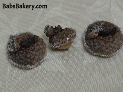 These double clusters are for faiery twins, such as Valdia & Valdesia,, or the twin brothers Valda & Valdese. -