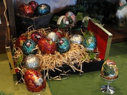 dragon eggs booth.jpg