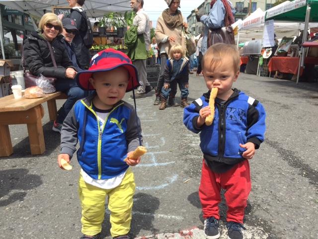 AFF Kids eating Bread Sticks.JPG