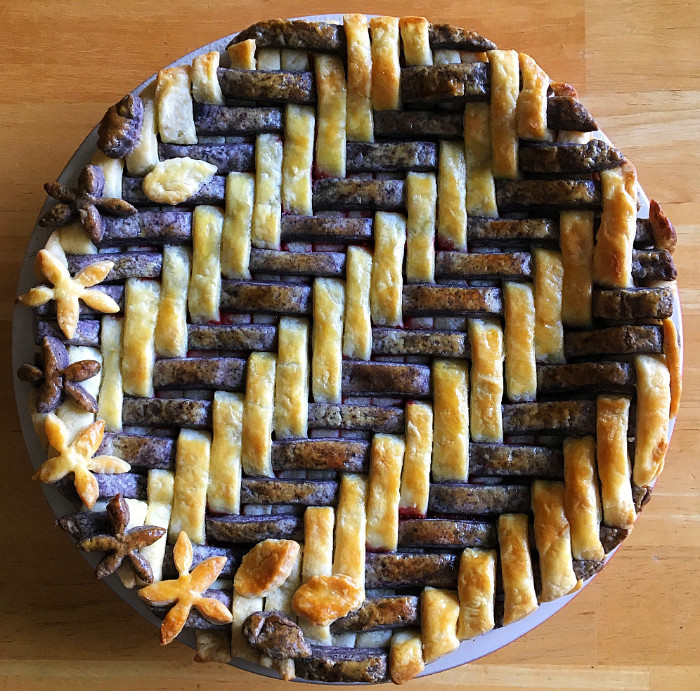 Winner of Most Beautiful and Most Creative Awards at the Berries in Abundance Pie Contest in the home-baked pie catagory. Pie baked by Natalie Swope of White Lotus Farm.