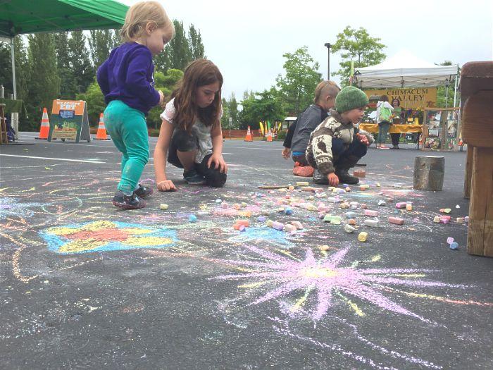 PT Wednesday Market chalk mural.
