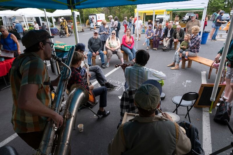 Photo by David Conklin, Live Music at the Port Townsend Wednesday Farmers Market.