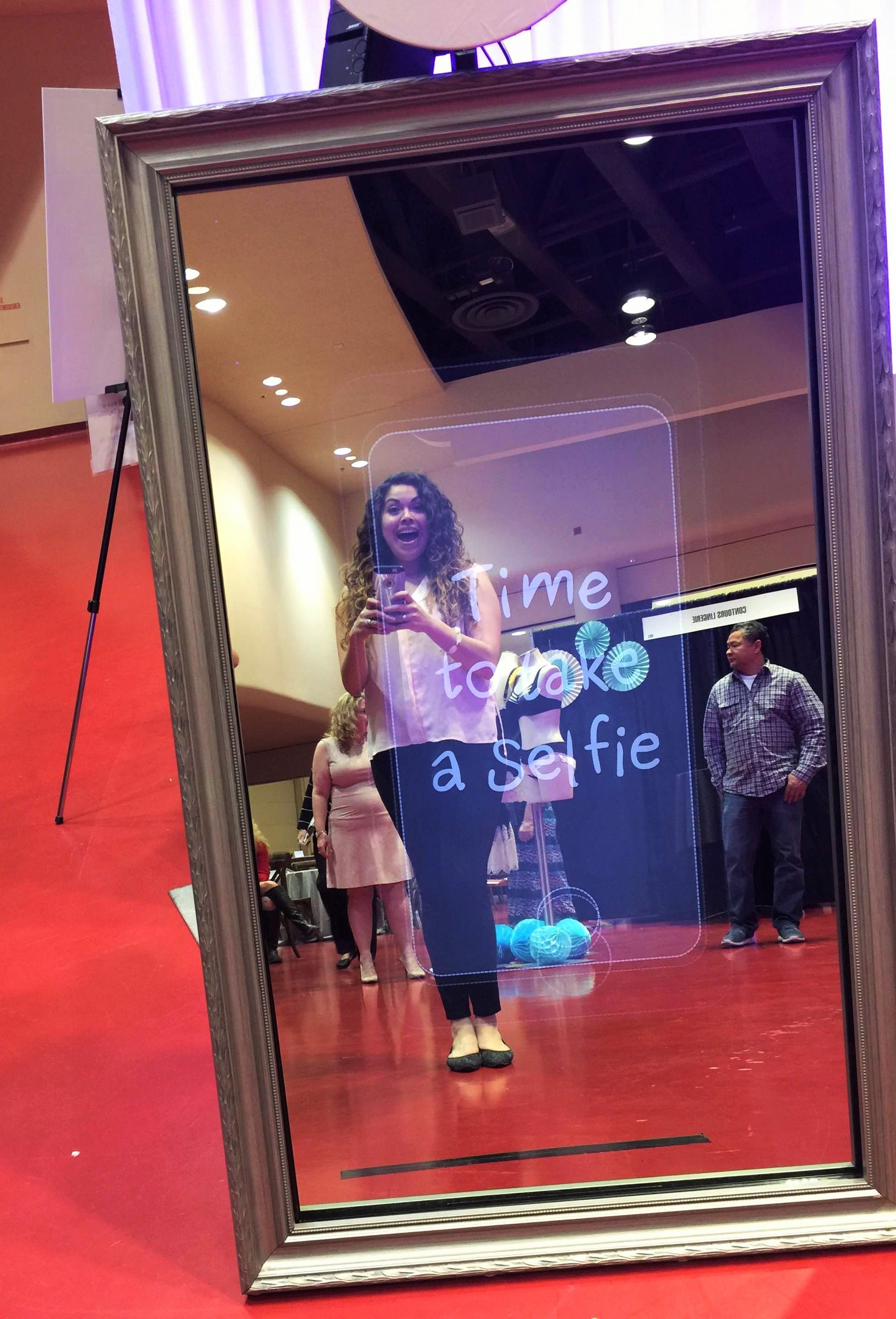 Mirror photo booth. MADISON WISCONSIN WEDDING