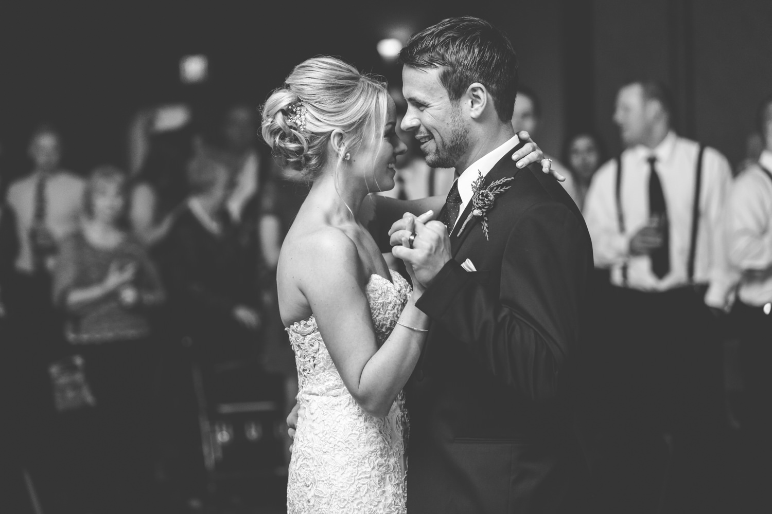 Kim &Kyle - And these two...these two share an anniversary with Dennis and I....... Happy Anniversary Kim and Kyle!Photo: Jill Tiongco