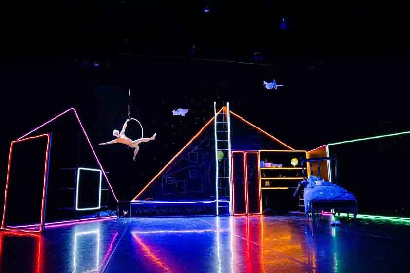 WTMS-Photo Luke Evans, Dancer Jason Boyle.jpg