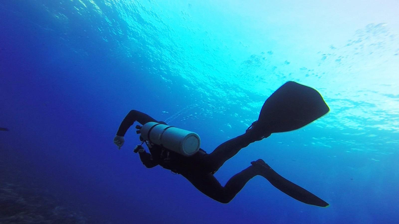 Sidemount Diving in Maui