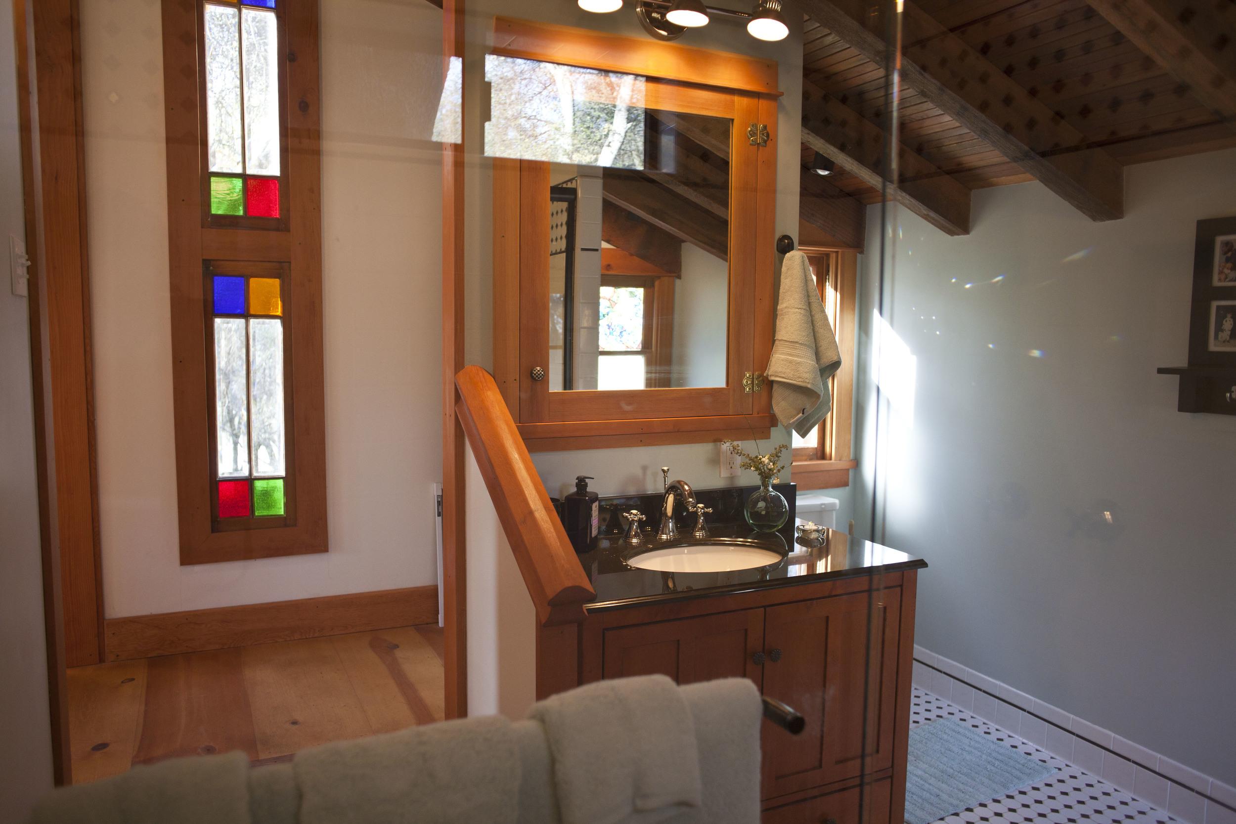Cabin Int 8.jpg