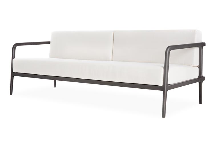 Flux Sofa 1.jpg