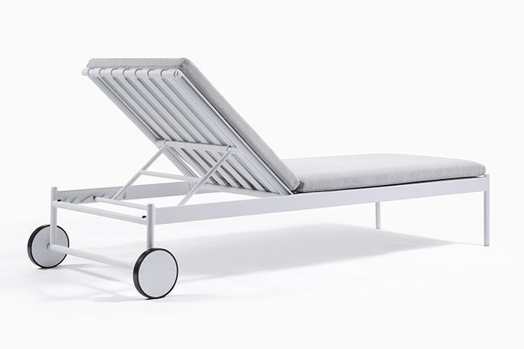 Mirage Chaise (6).jpg