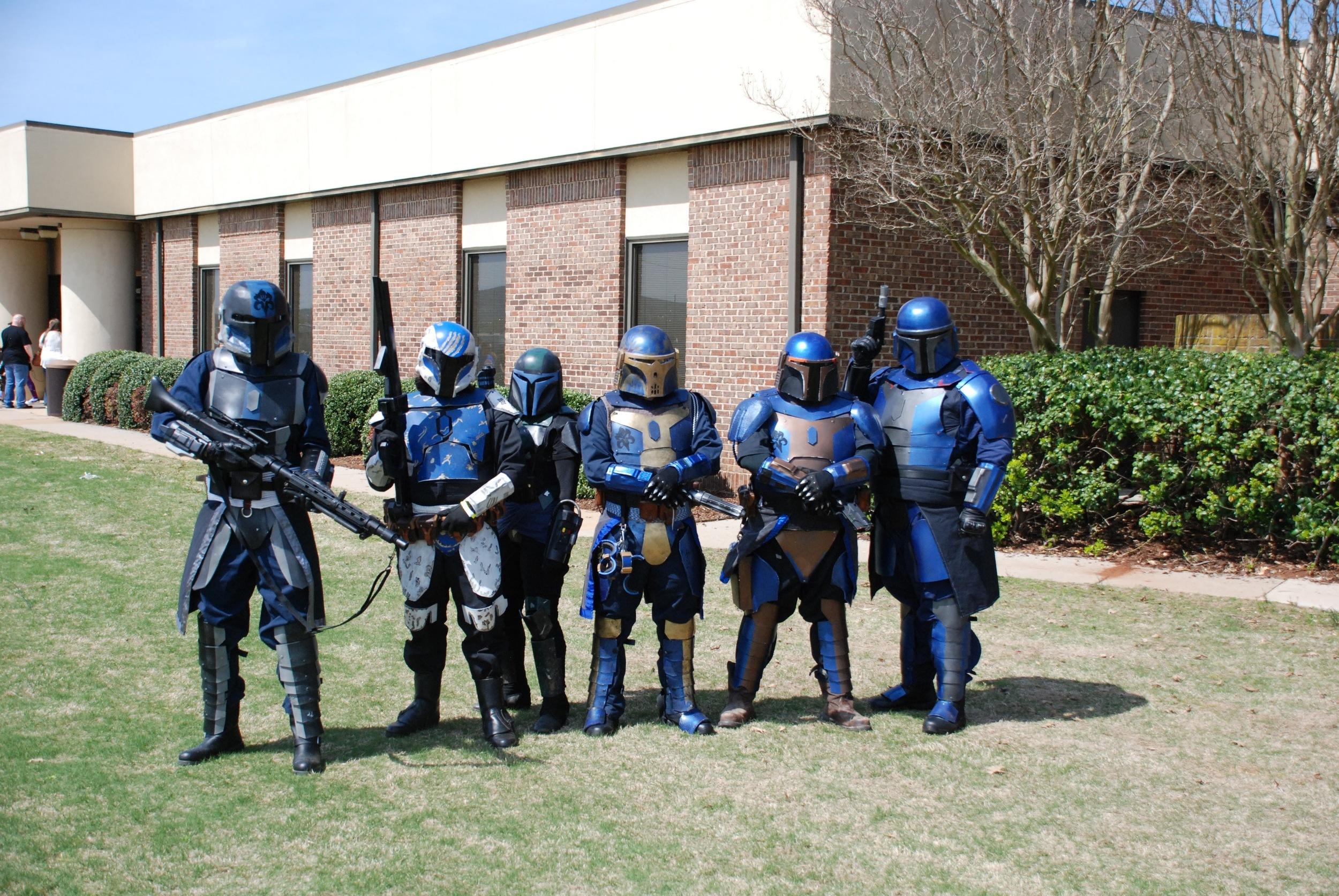 A Mandalorian patrol ambushes us!