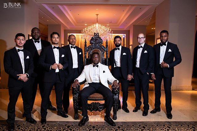 ➡️SWIPE to see Houston's Sexiest Wedding Party of 2019 • • • • • #wedding #weddings #houstonweddings #houstonphotographer #houston #photography #photographer #groom #bride #bridalparty #nigerianwedding #weddingdress #suit #weddingplanner #weddingphotography #weddingmakeup #engaged💍 #eventprofs #weddingvideographer #beauty #ido #weddingdj #dj #music #inspirational #motivation #eventplanner  #weddingcake #luxury