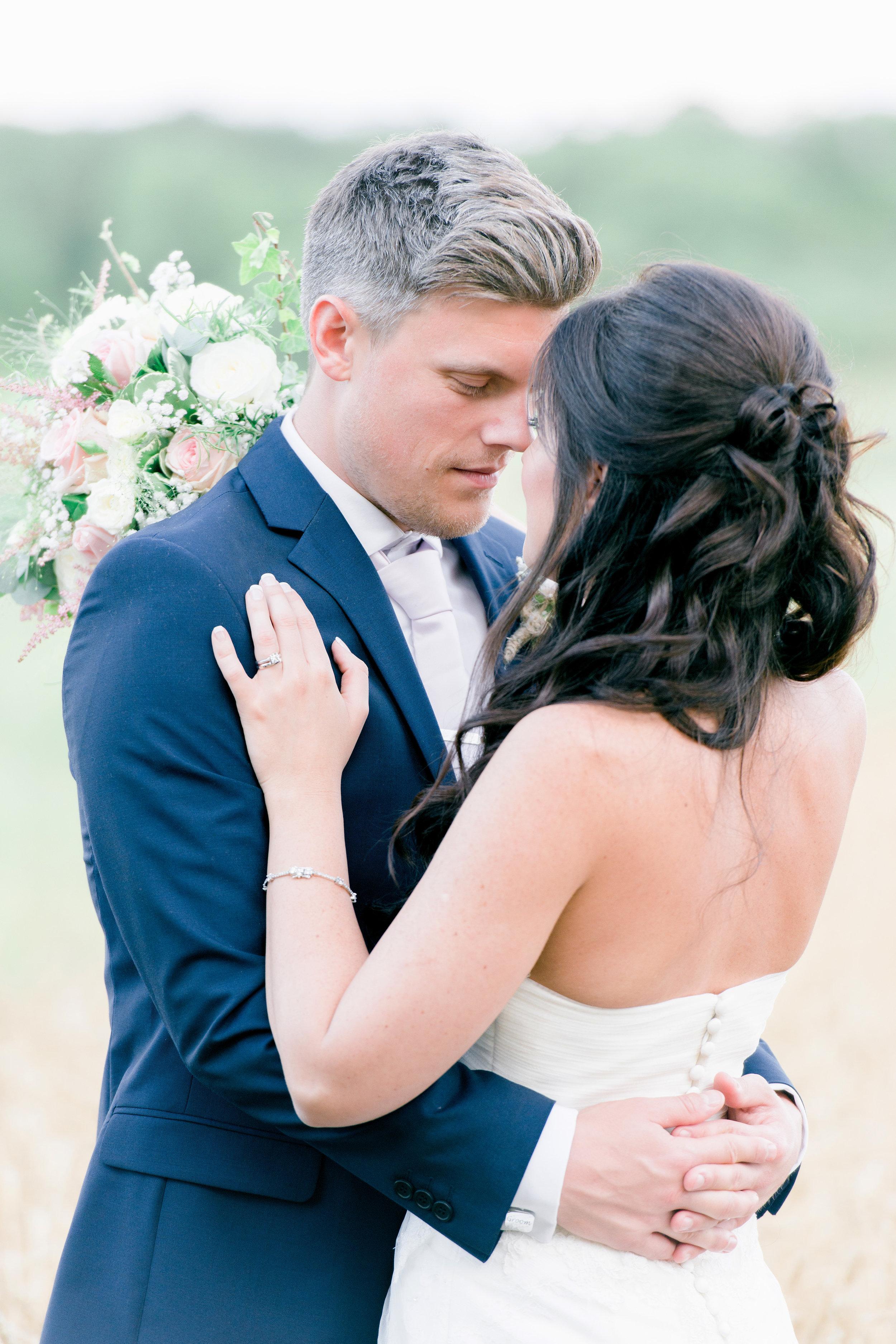 Kim & Billy married at Wilobe Farm Barn in Pidley