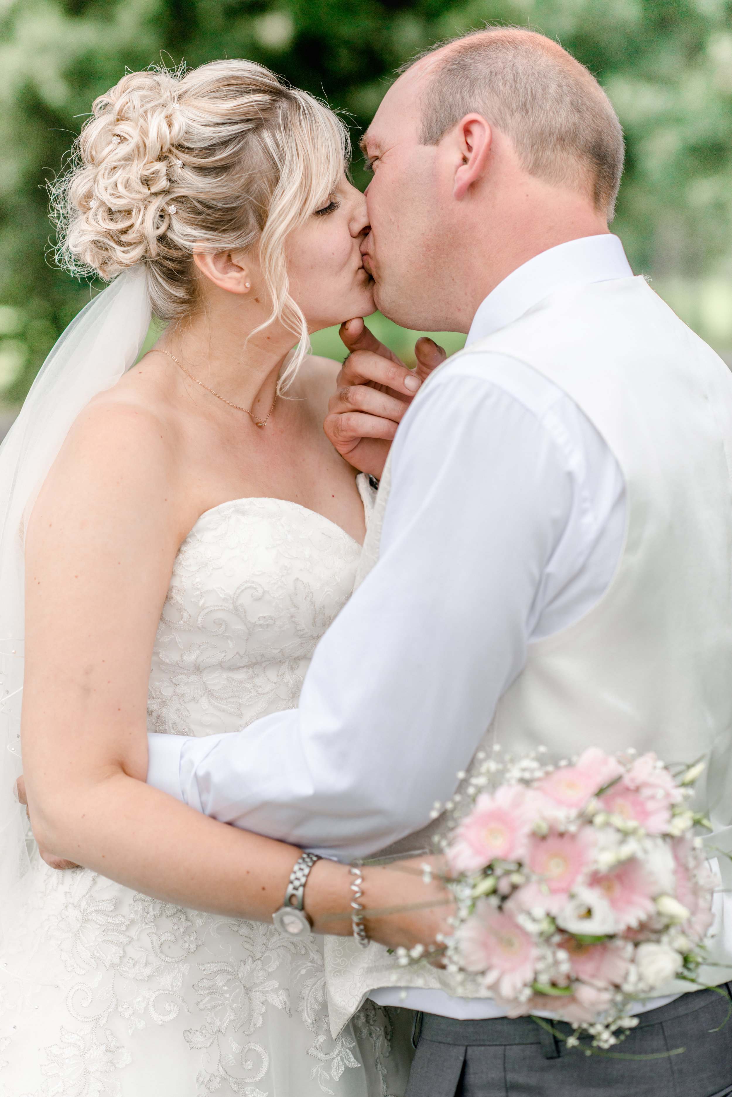 Bernadette and Stuart married at Belton Woods Golf Spa