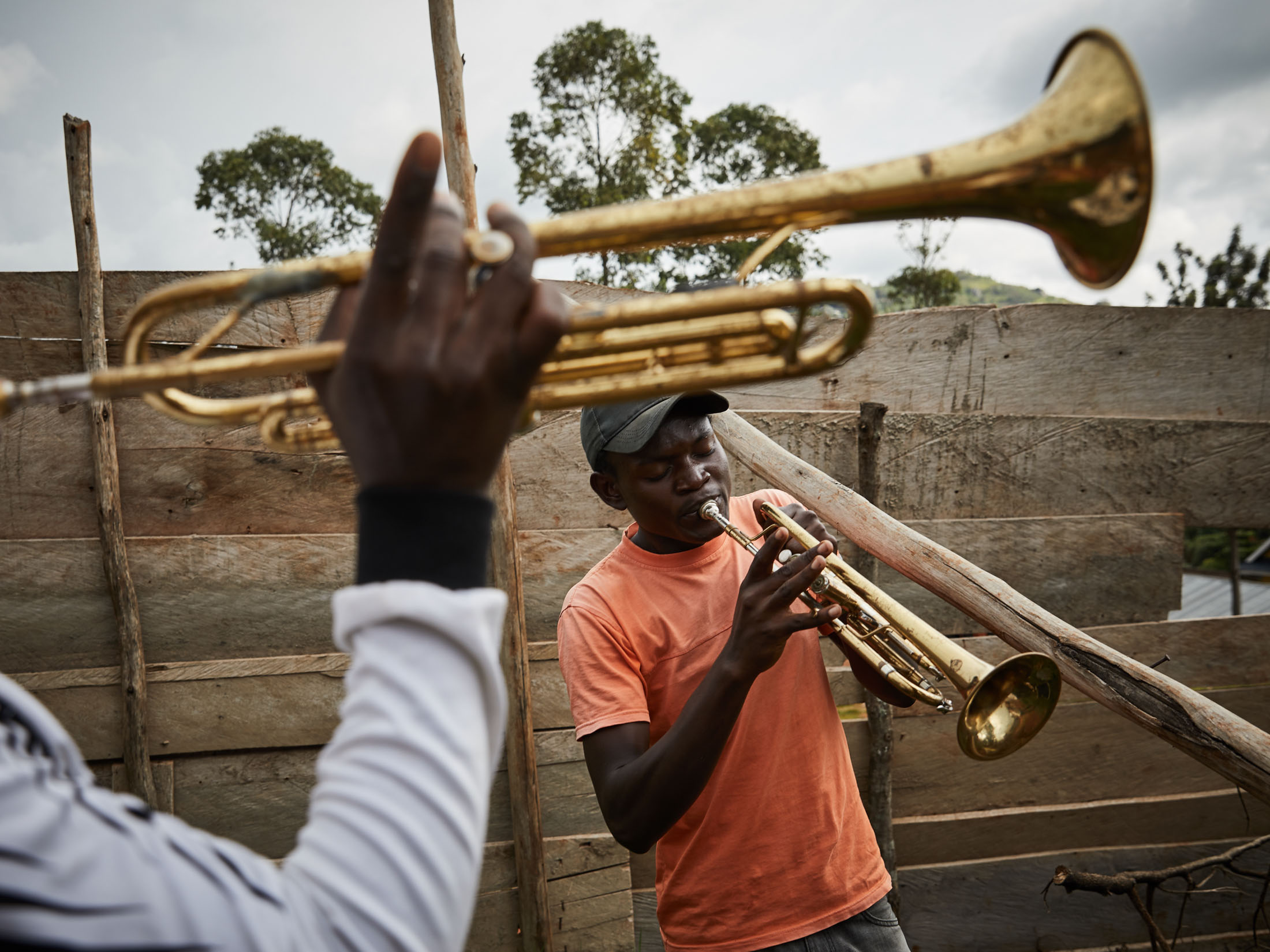 Heri and Moises play their instruments in Beni. the epicentre of the Ebola crisis.