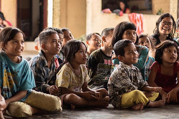kids class-yannis-a-1168795-crpd8in-2.jpg
