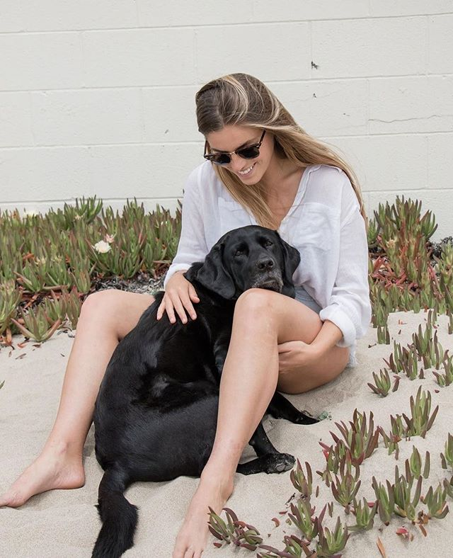 Best friend Friday. Haisley and one of her girls for @nulopetfood. #mansbestfriend #blacklab #wellness #canonusa #petsofinstagram #doginfluencer