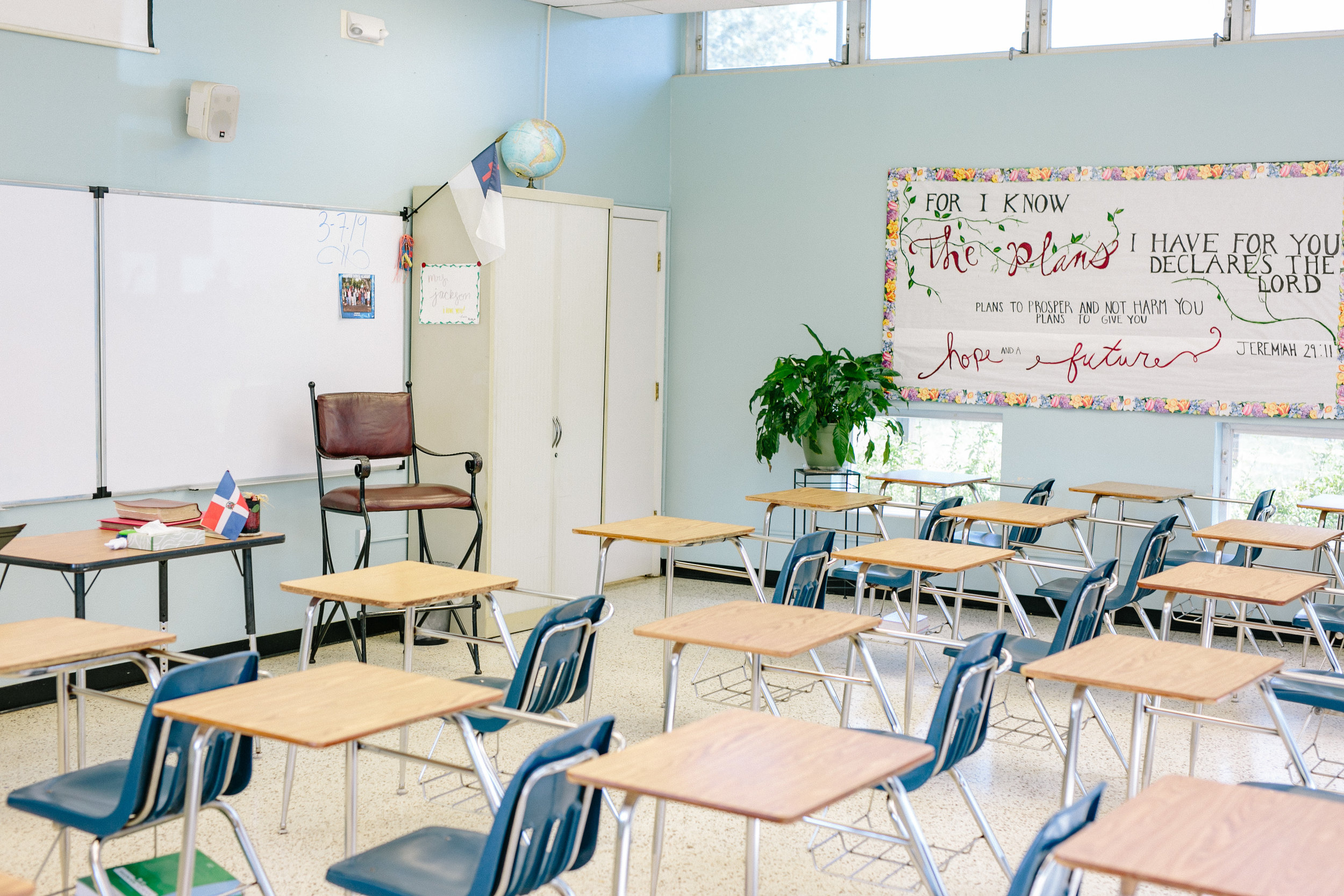 Natural light-filled classrooms at HDA