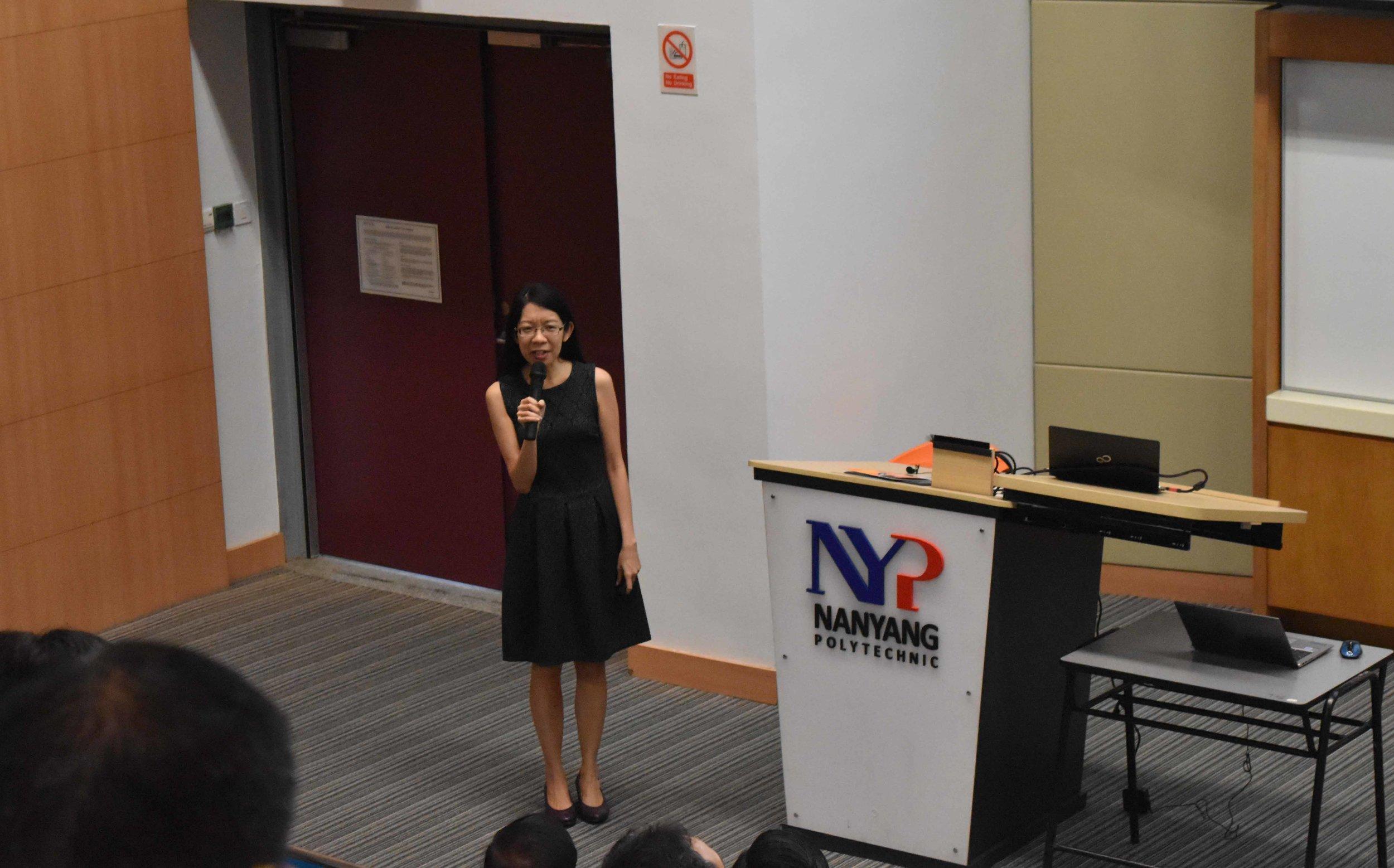 Prof Lee Pooi See of NTU introducing her technology offerings.