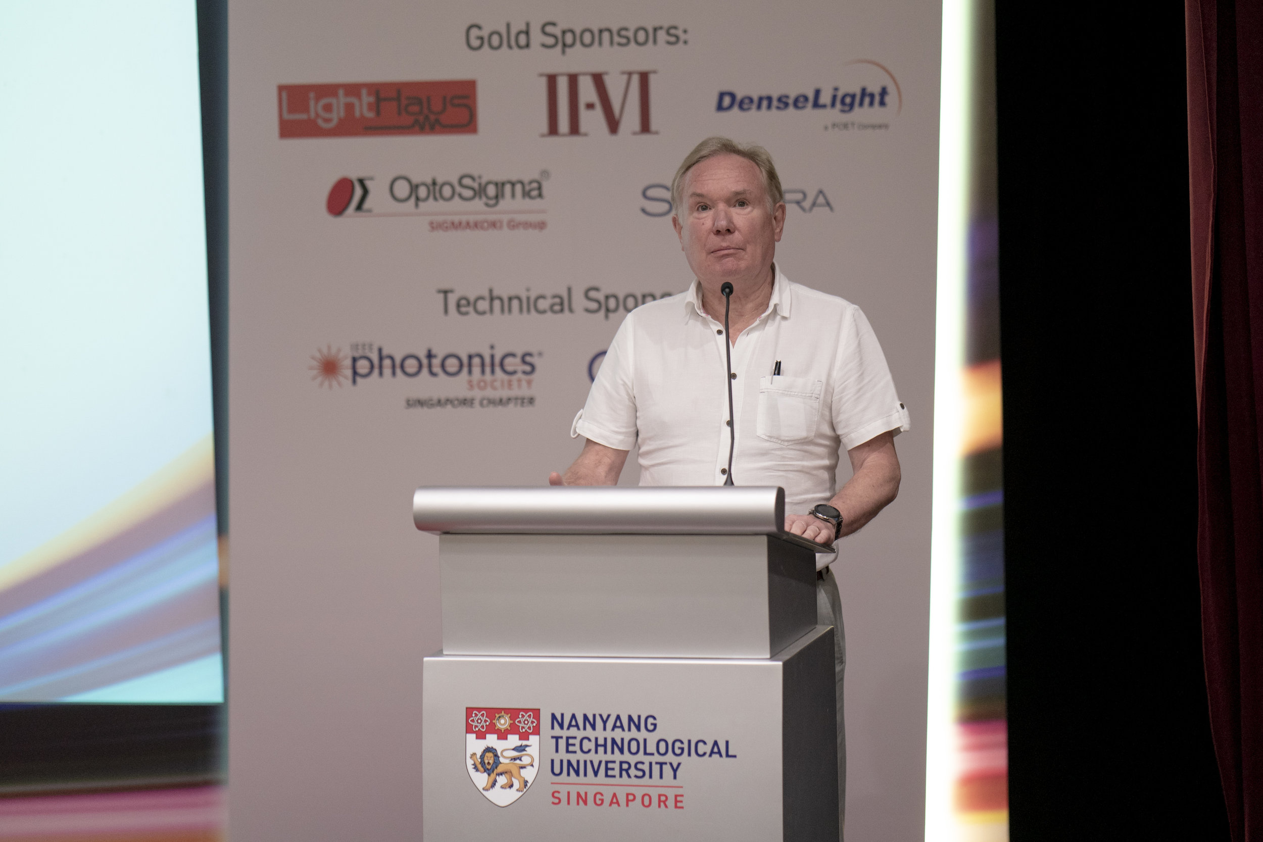 TPI Photonics SG 2018 Conference n Exhibition 0420rc.jpg
