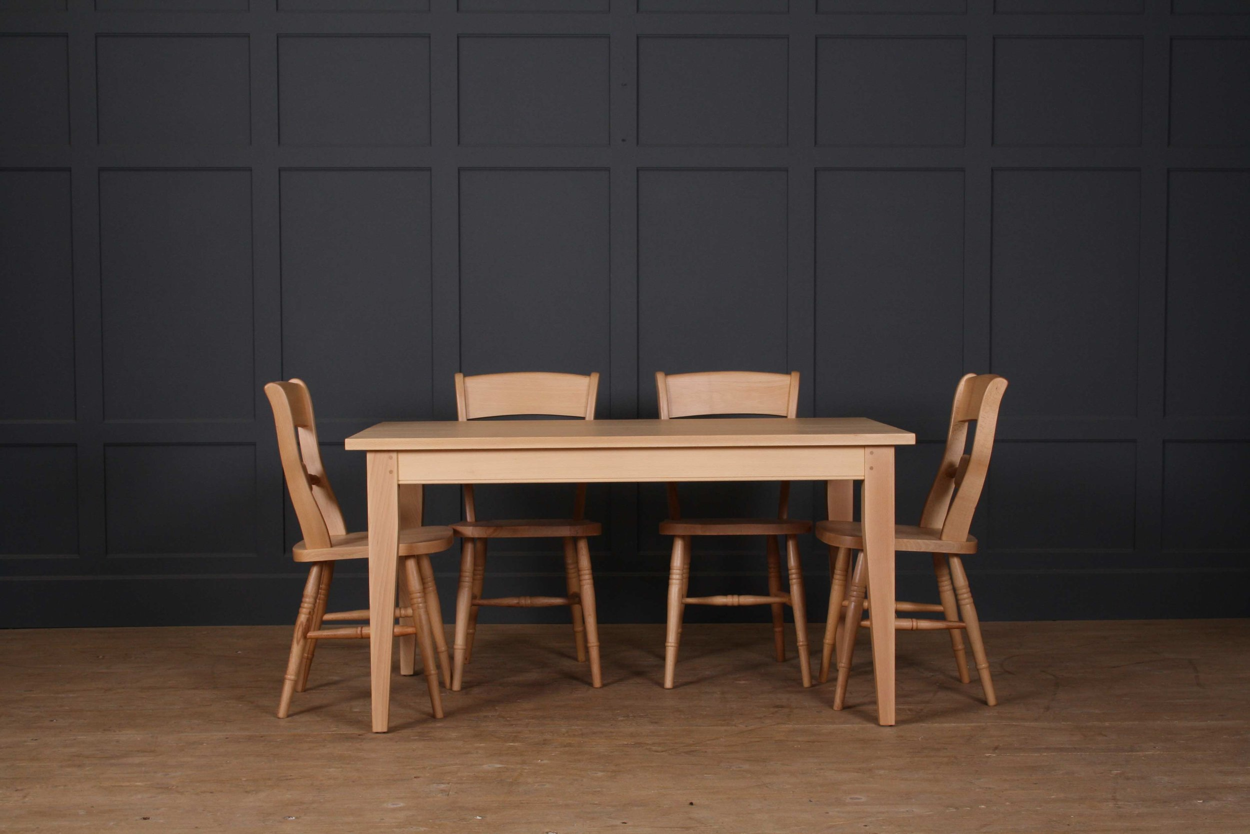 Beech-Extending-table-with-chairs.jpg