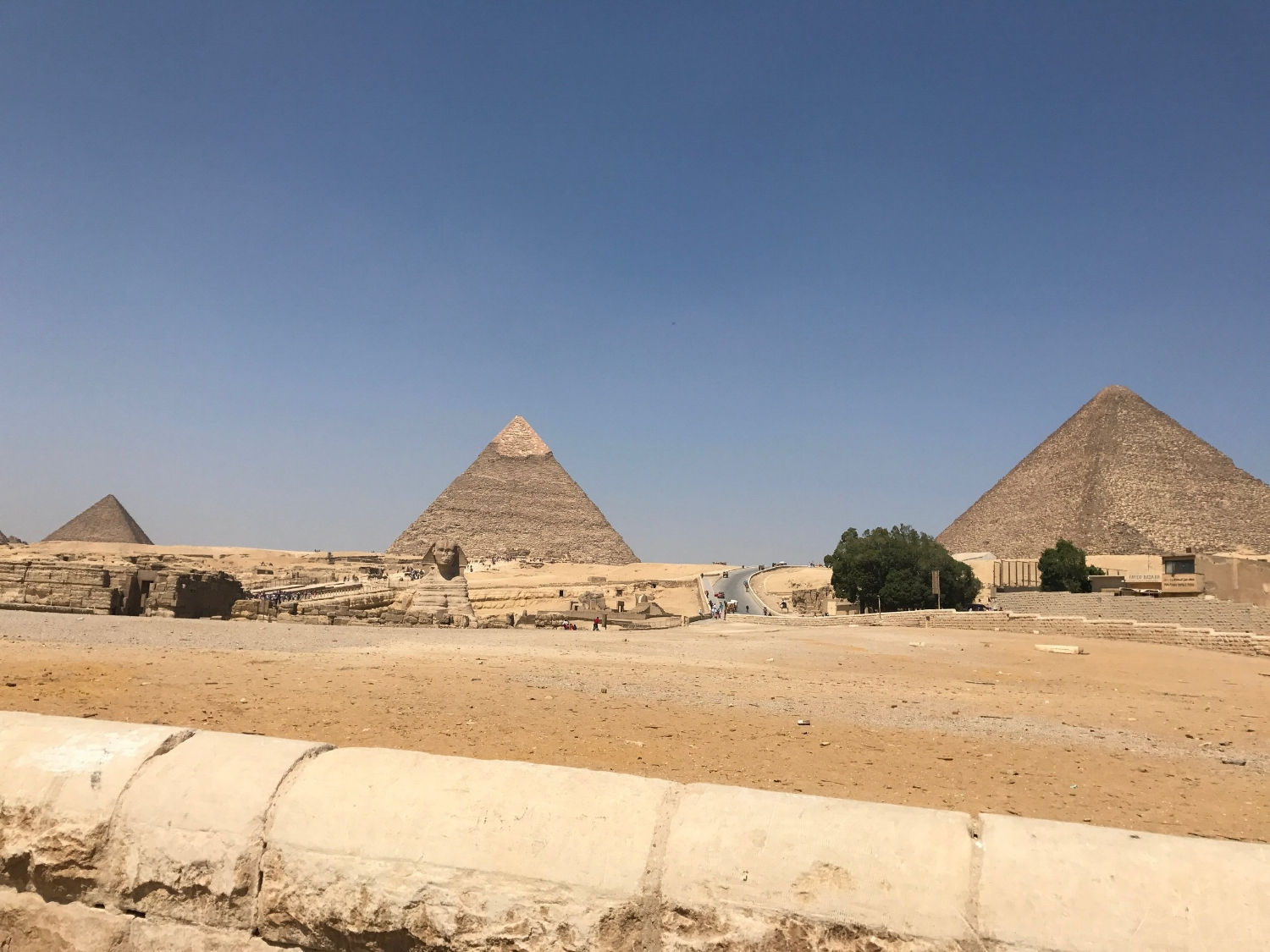 Great Pyramid of Khufu (right) and Pyramid of Khafre (left)