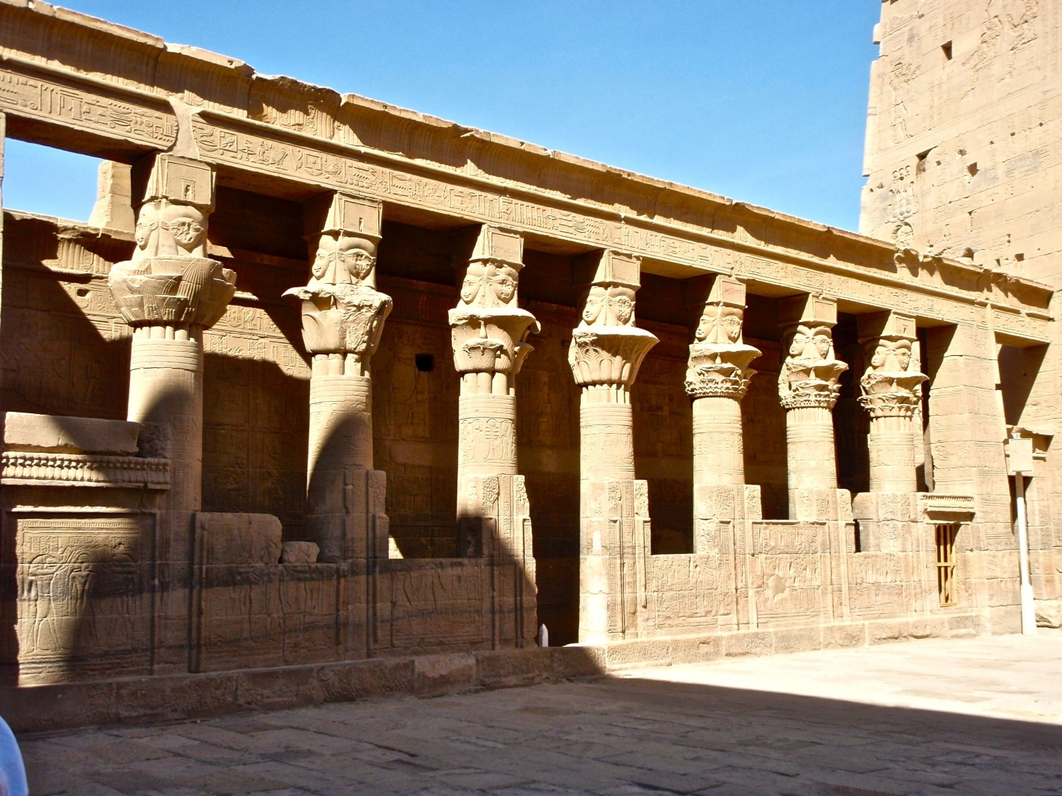 Hathor pillars in forecourt