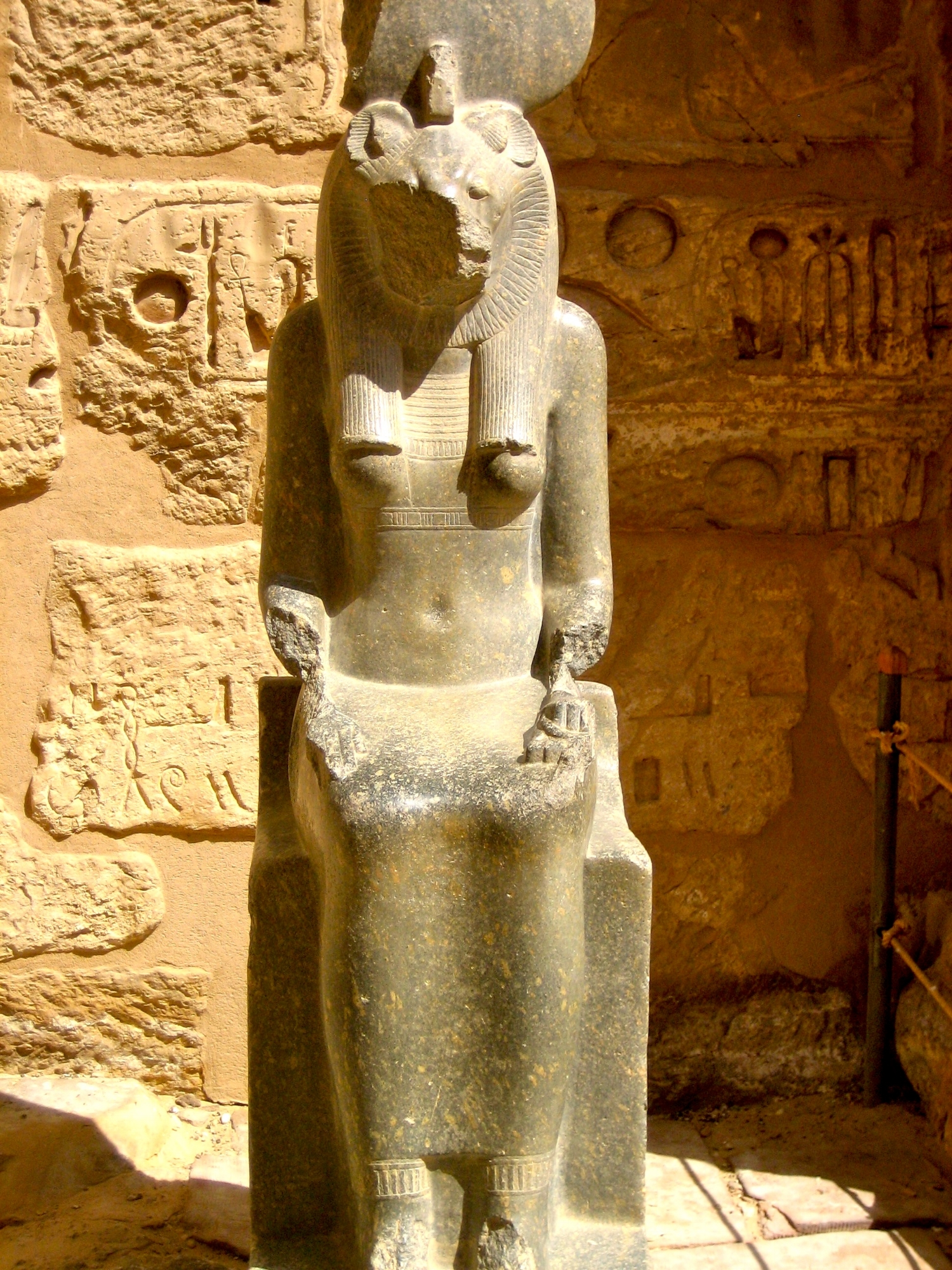 Sekhmet guarding the entrance to the Inner courtyard