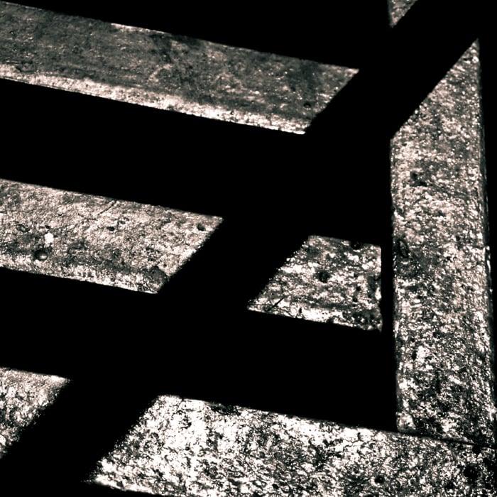 Morelia, 2008.   ...de la matemática, pero también de  la otra , esa que está en todos lados, a la vuelta de cada esquina. * ...of the mathematical type, but also of  the other type , the one that is everywhere, at the turn of each corner.