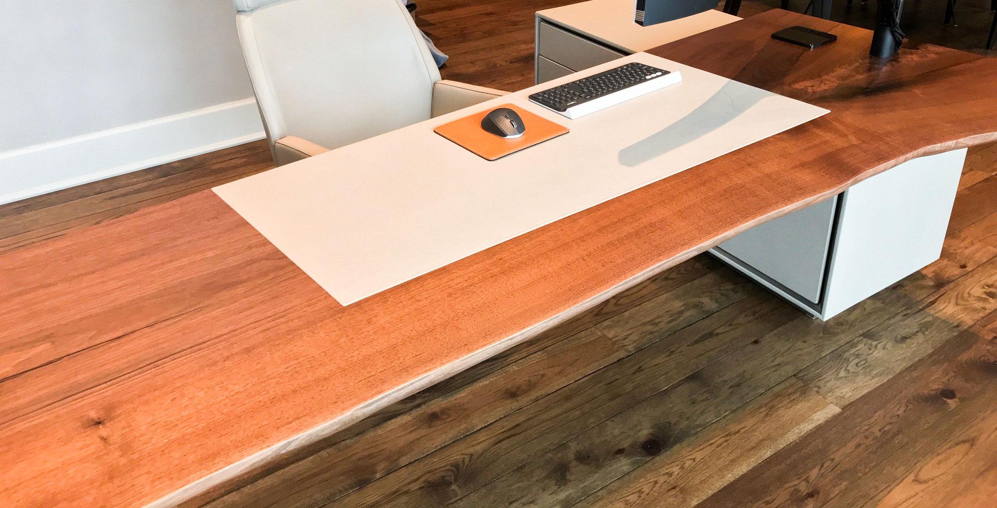 tuck-studio-desk-3.jpg