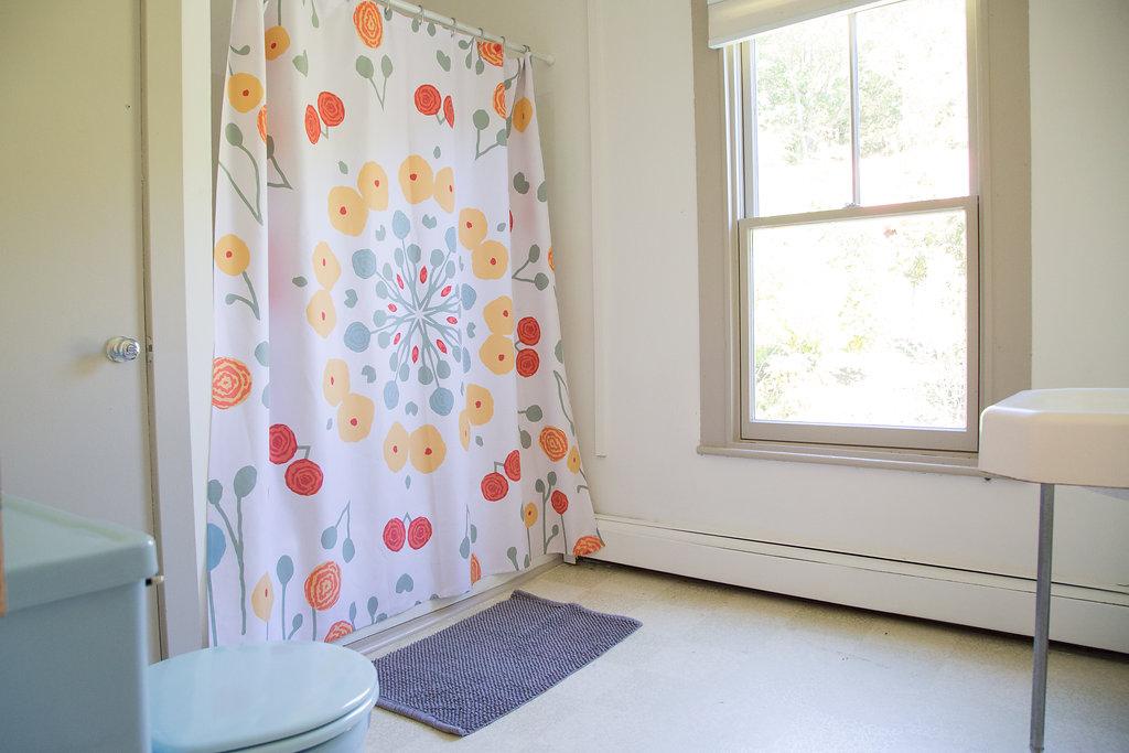 flowerbathroom-1.jpg