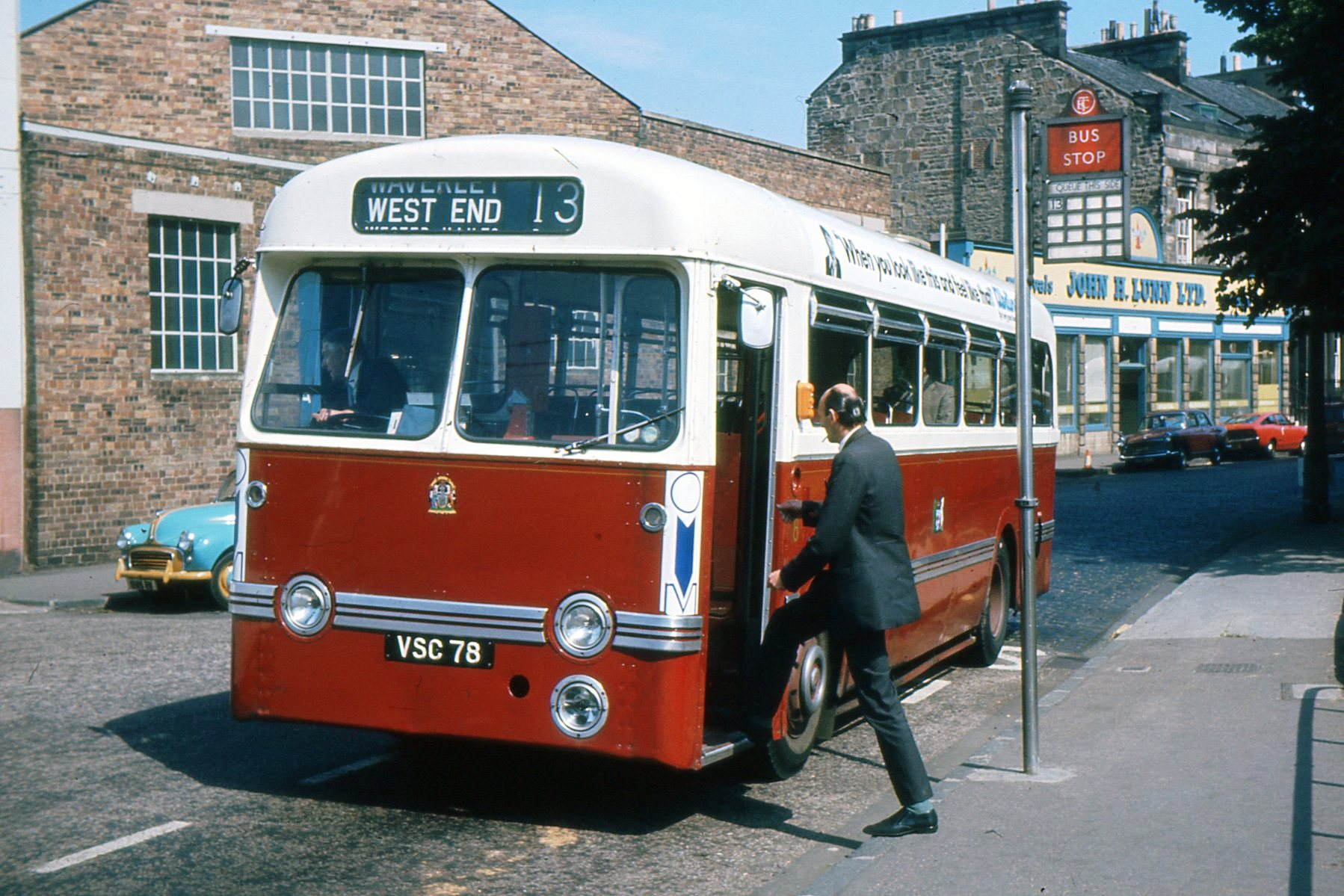 bus391.jpg