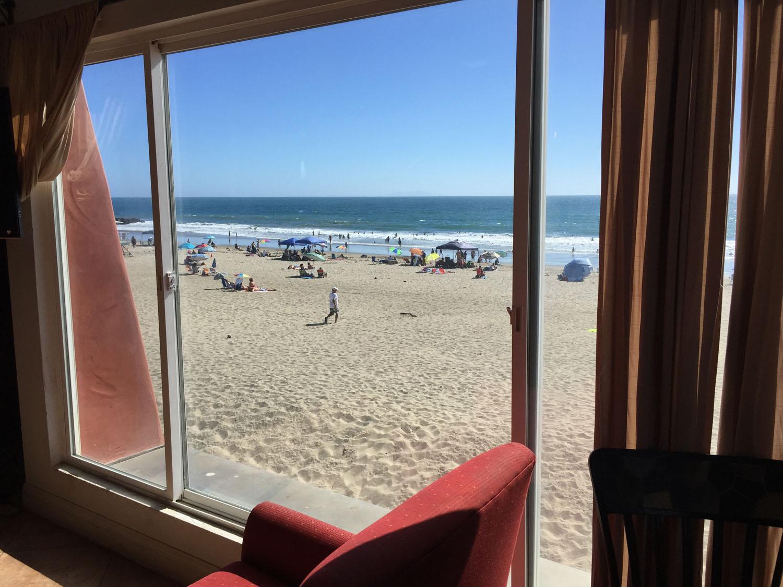 BeachHouse_window.jpg
