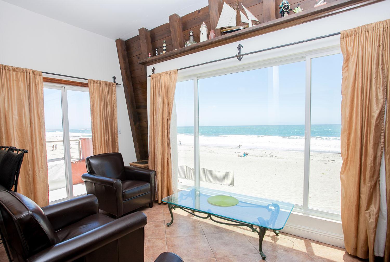BeachHouse_two_window.jpg