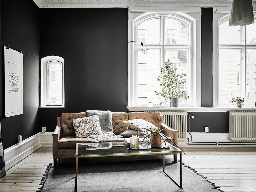 Walls: Painted in matte black shade.