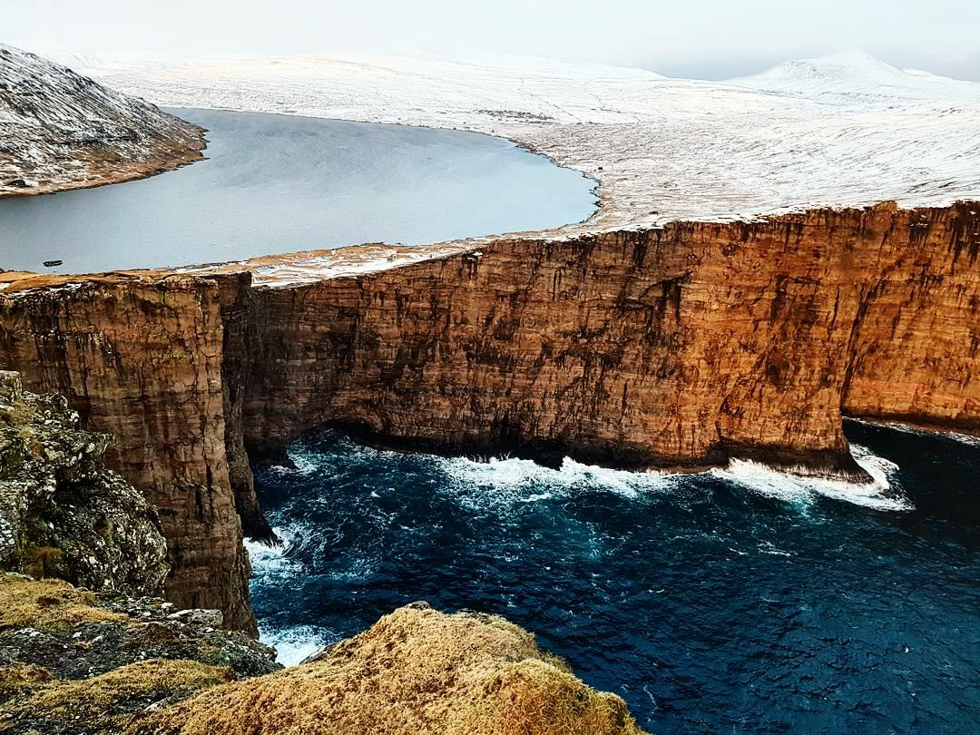 Leitisvatn -the largest lake in the Faroe Islands