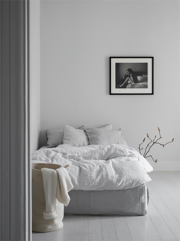 Sara's bedroom