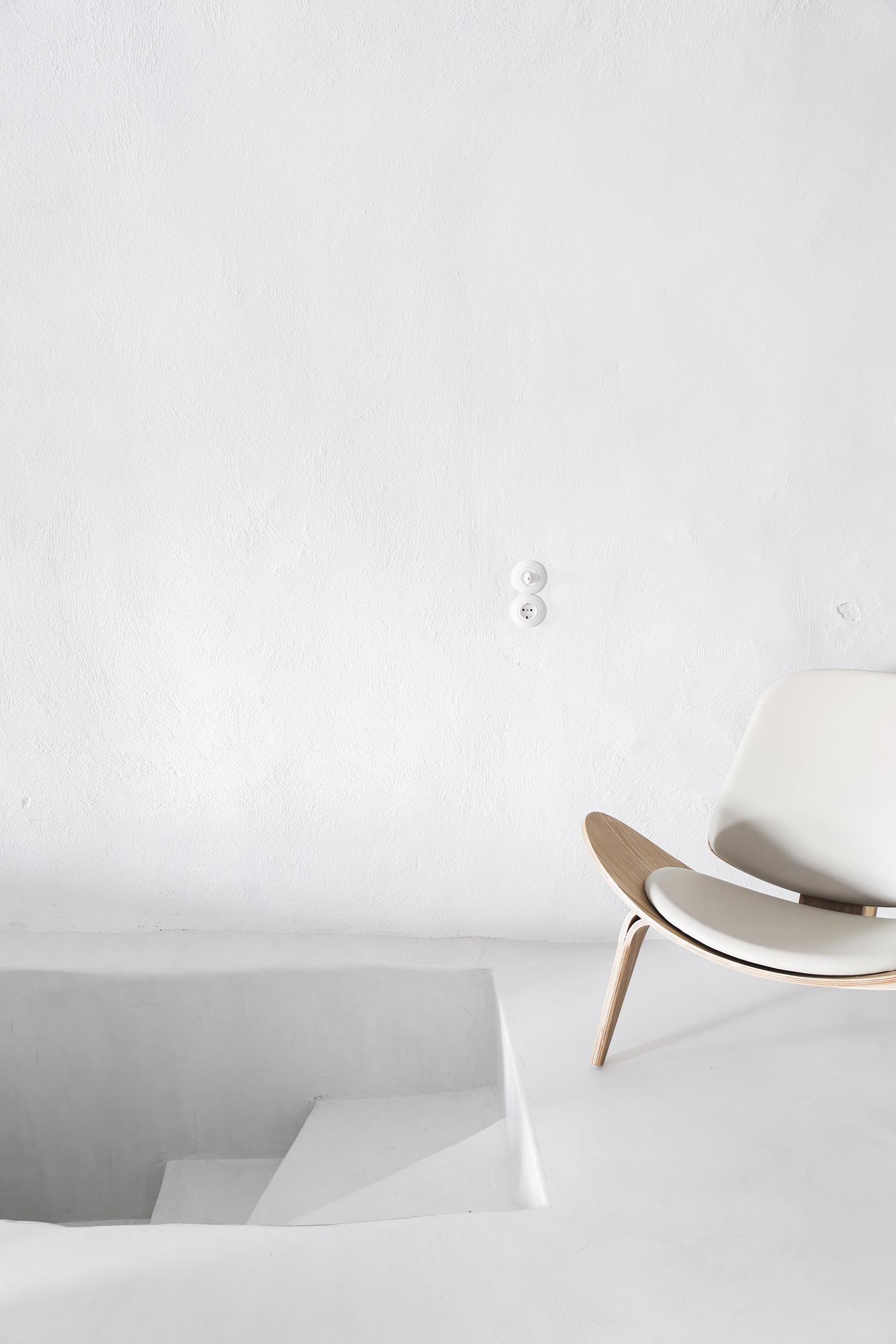Collaboration with Sophia Luxury Suites, Santorini.