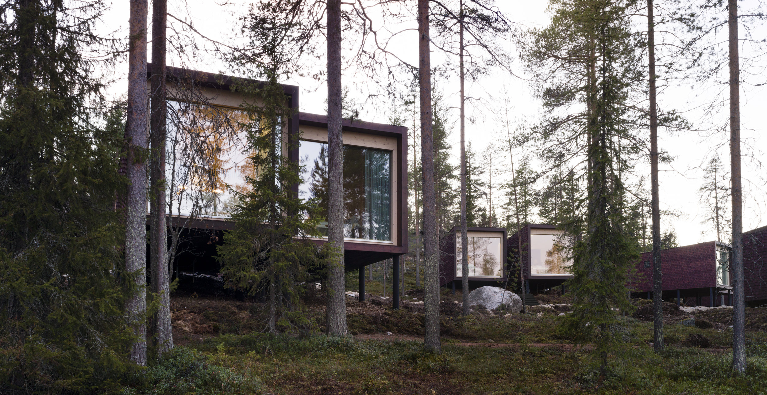 ARCTIC TREEHOUSE HOTEL_Studio Puisto_photos Marc Goodwin (5).jpg