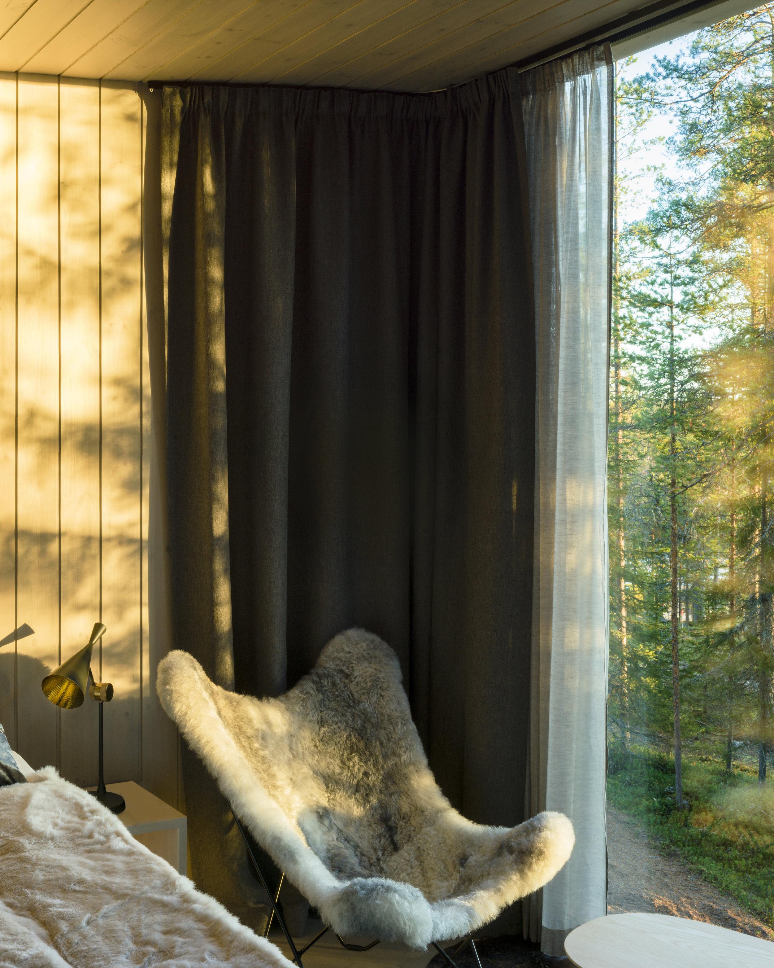 ARCTIC TREEHOUSE HOTEL_Studio Puisto_photos Marc Goodwin (11).jpg