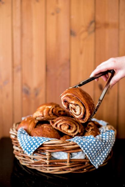 Cinnamon bun_Nordic Bakery (21).jpg