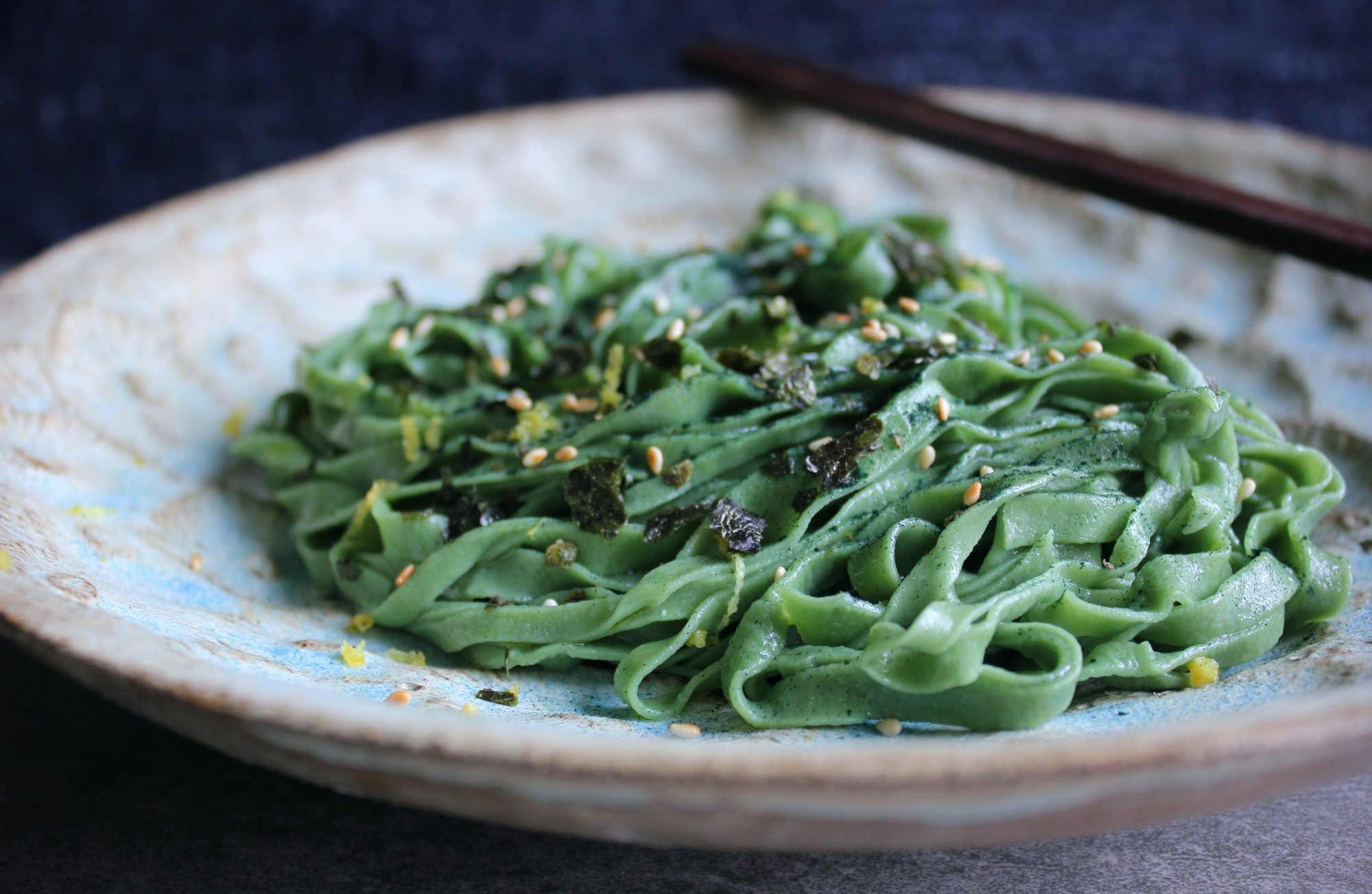 """In Scandinavia we have so much seaweed by the shores, then why not eat it? This is healthy homemade noodles with spirulina and dried seaweed."""
