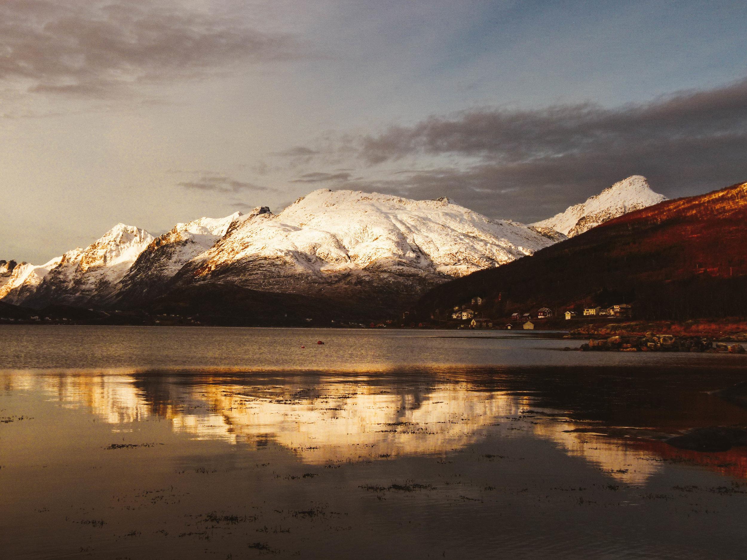 Kaldfjord near Tromsø.jpg