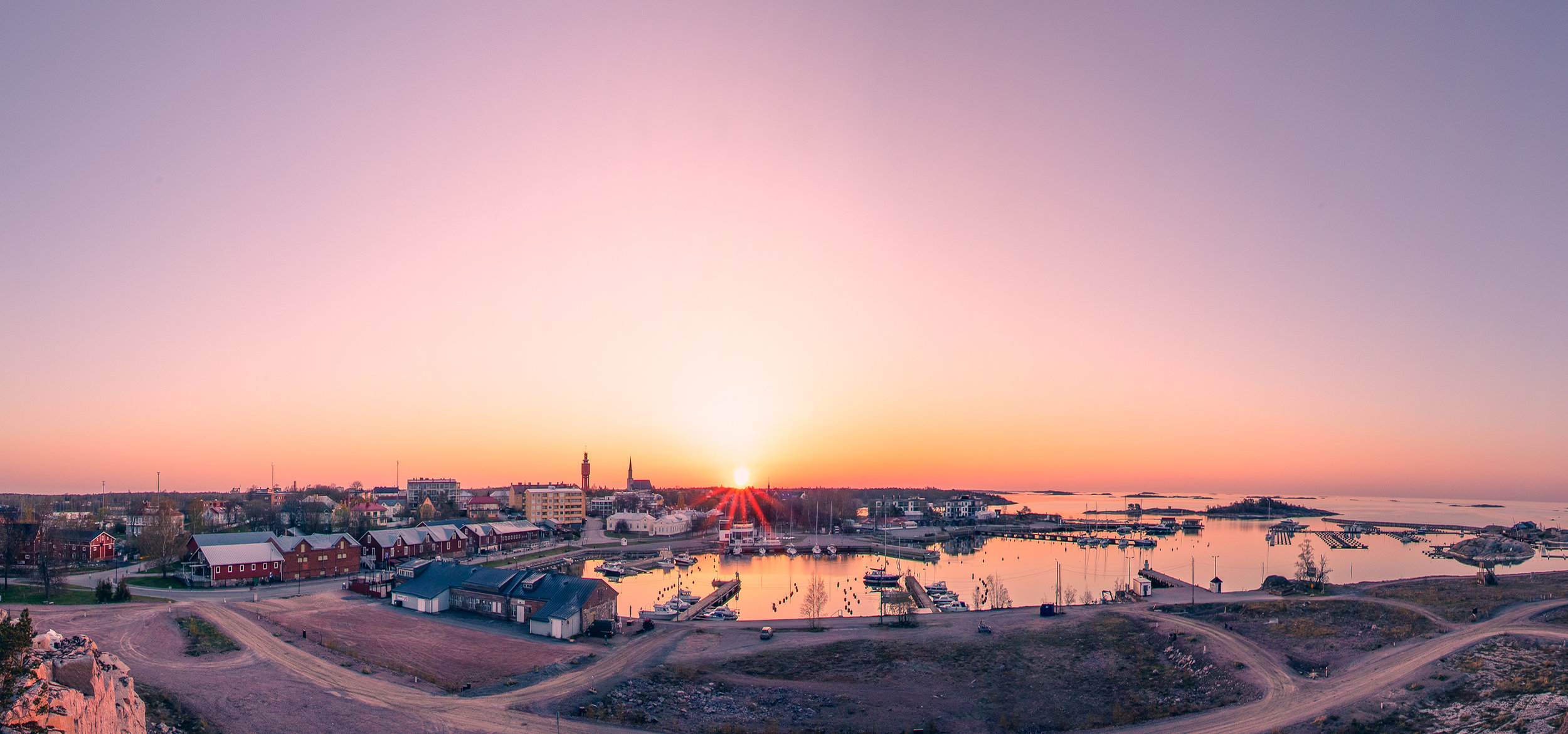 A panorama of Hangö East harbour during a sunrise