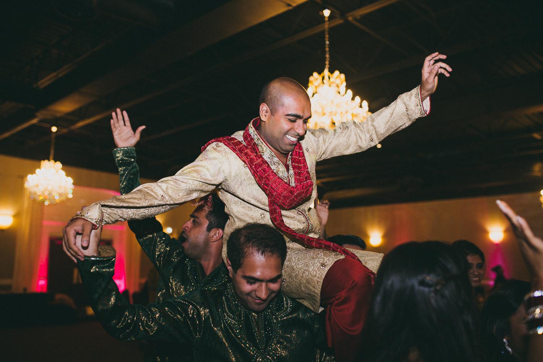 lovestoriesbyhalieandalec-indian-wedding-24.jpg