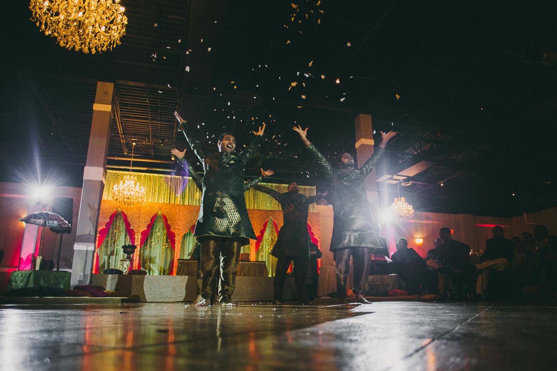 lovestoriesbyhalieandalec-indian-wedding-30.jpg