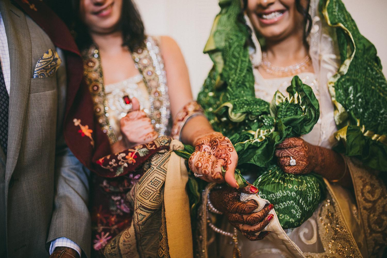 lovestoriesbyhalieandalec-indian-wedding-42.jpg